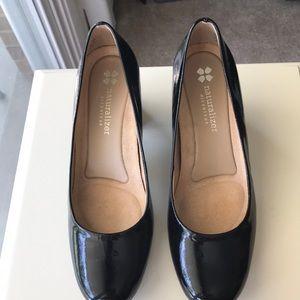 Naturalizer black patent leather heels. Size 6.5